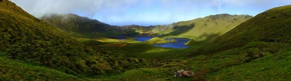 Caldeirão: Der große Krater der kleinen Insel Corvo