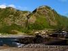 Steilwand am Hafen von Fajã Grande, Wasserfall beim Poço do Bacalhau
