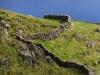Steinmauern auf Corvo