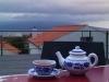 Tee auf der Dachterrasse des Casa do Chá