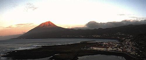 So schön kann ein Sonnenaufgang auf Pico sein.