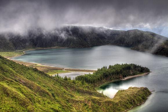 Wolkenstimmung am Feuersee